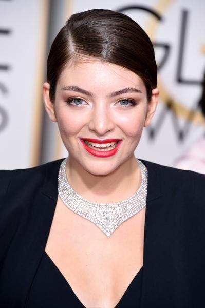 Lorde at the 2015 Golden Globes | Modern Salon