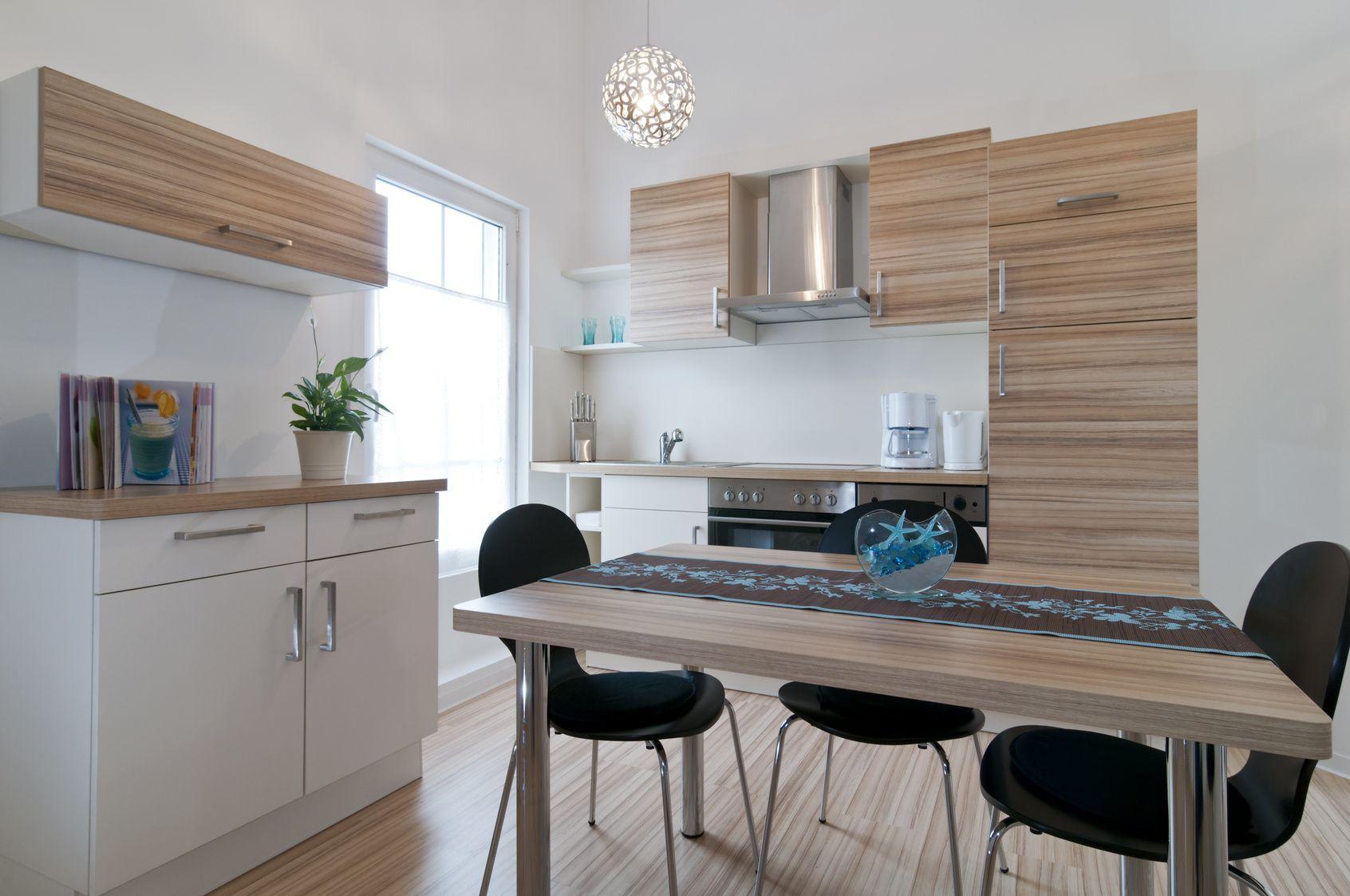 klassische offene wohnk che holzk chen pinterest holz offene wohnk che und kuchen. Black Bedroom Furniture Sets. Home Design Ideas