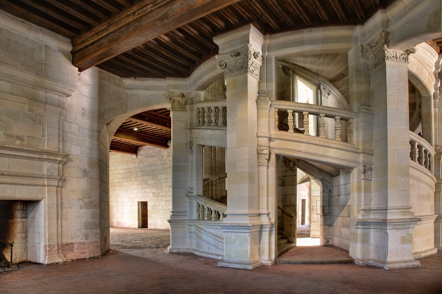 Best The Staircase At Chambord Château De Chambord Pays Images 400 x 300