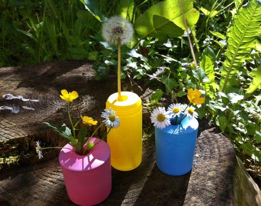 bunte vasen gl ser mit luftballons aufh bschen diy pinterest garden und plants. Black Bedroom Furniture Sets. Home Design Ideas