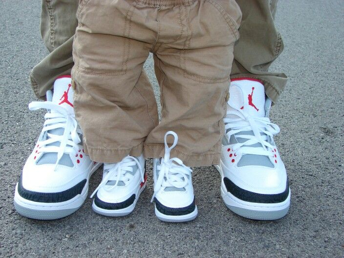 Pin on Sneakers Heads 4real