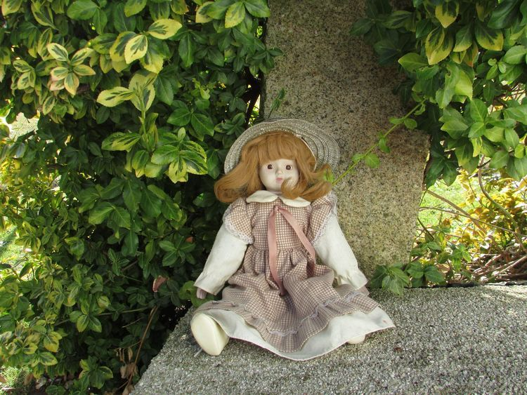 Price Guide to Help Identify Your Antique Dolls