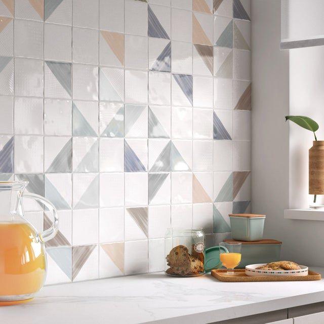 Faience Mur Blanc Brillant L 10 X L 10 Cm Aquarelle Leroy Merlin Tile Trends Geometric Tiles Tile Design