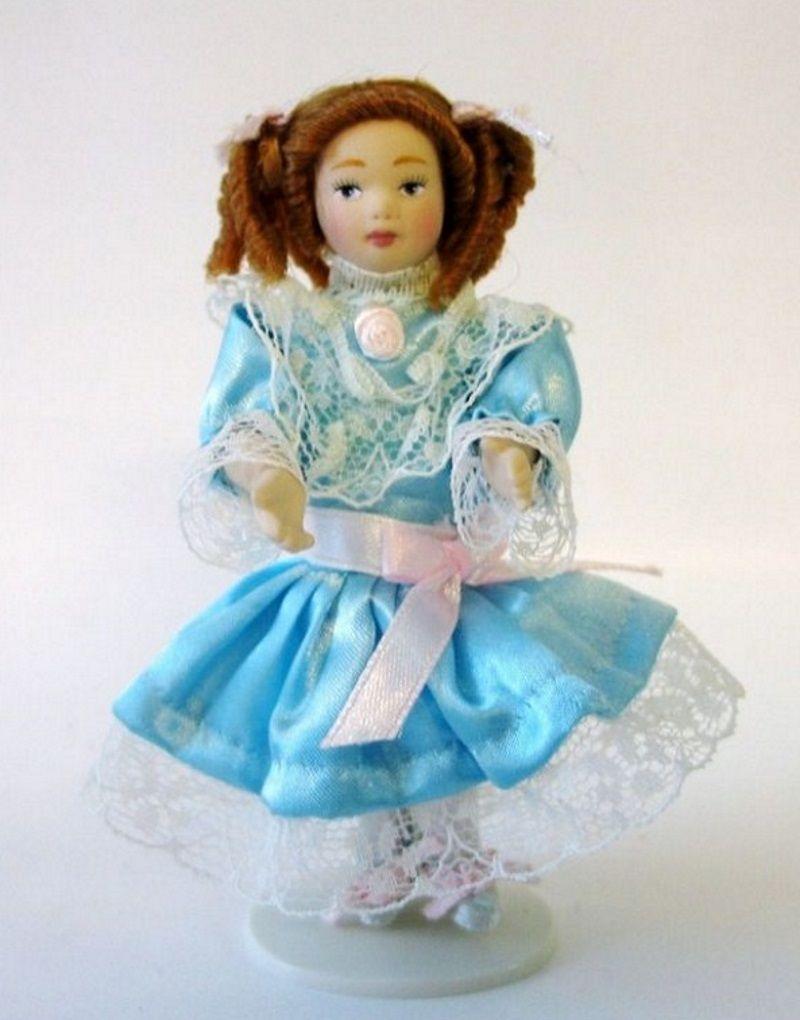 Mädchen Helena im türkisfarbenen Kleid Puppe für Puppenhaus Miniatur 1:12 | VM29592