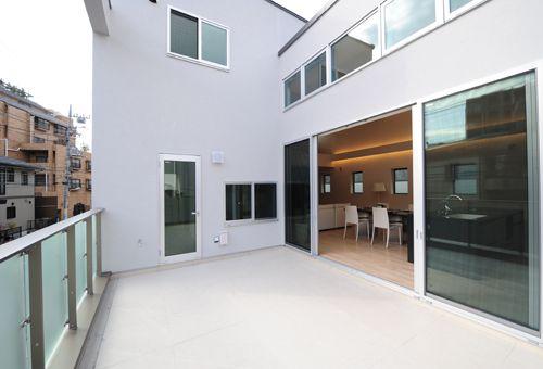 快適な二世帯住宅など 邸宅別の建築実績をご紹介します ホーム