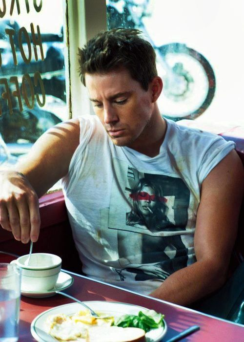 I've NEVER seen anyone look this sexy eating breakfast.. I'll take the eggs with a side of Channing Tatum yummy!