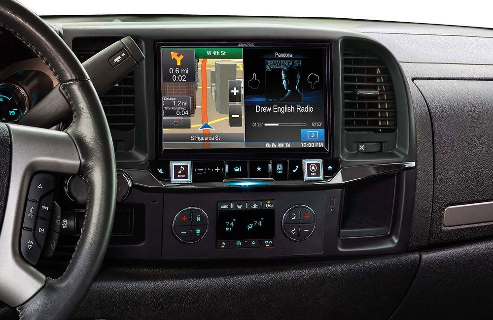 "Alpine X009-GM2.Live larger with this 9"" touchscreen ..."