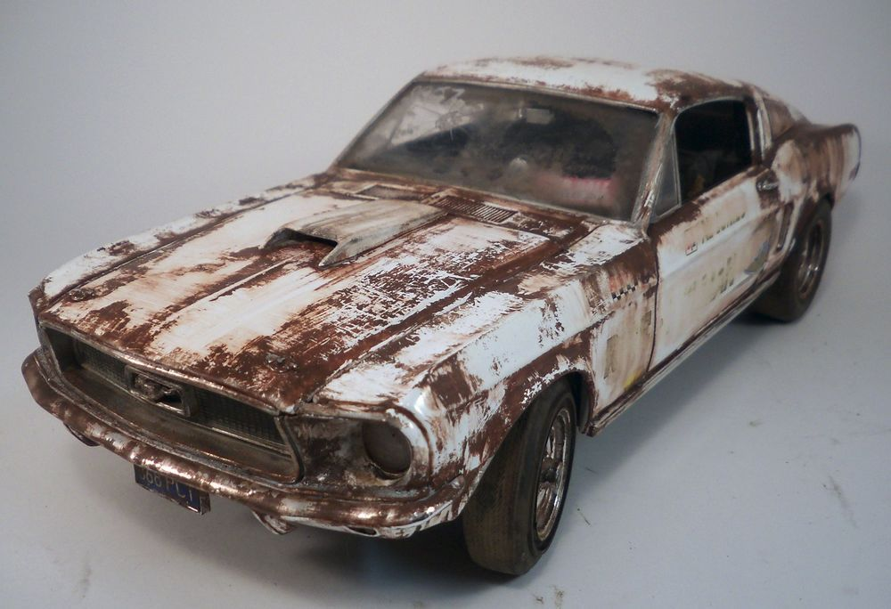 1968 Ford Mustang S Cobra Jet Weathered Barn Find Drag Car 1 18 Auto World