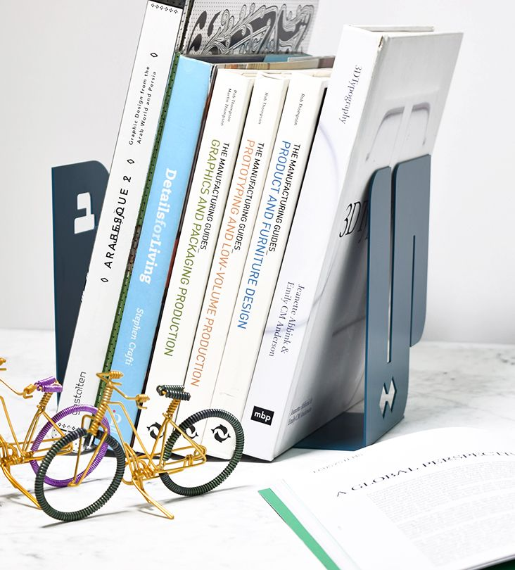 Alef Ya A Bookends Arrange Your Stack Of Publications Between The First And Last Letters Of The Arabic Alphabet These Metallic Bookends Will Hold Up Resimler