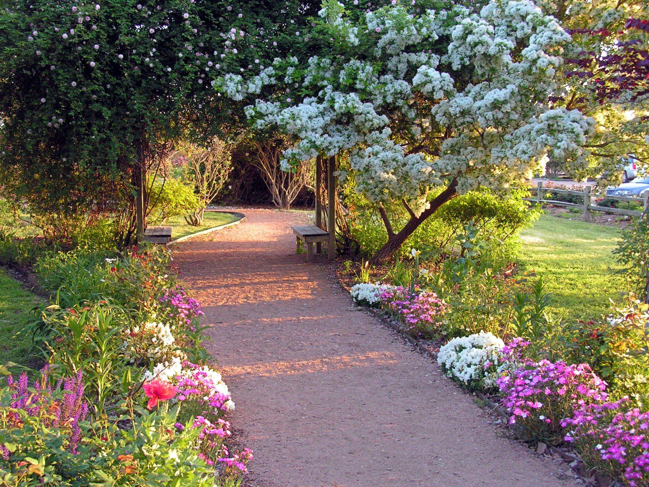 17 Best 1000 images about Garden Pathways on Pinterest Gardens