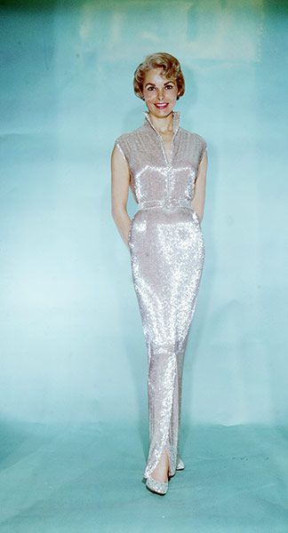 Credit: Bettman/Corbis Janet Leigh in the dress designed by Edith Head that she wore to the Oscars in 1960