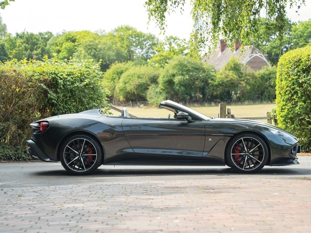 2018 Aston Martin Vanquish Vanquish Zagato Volante
