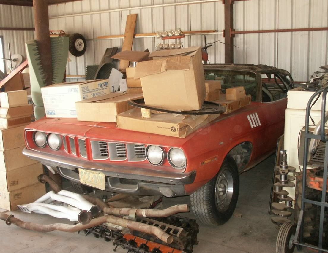 Car Barn 426 Hemi 1971 Cuda Convertible Maintenance Restoration Of Old Vintage Vehicles The