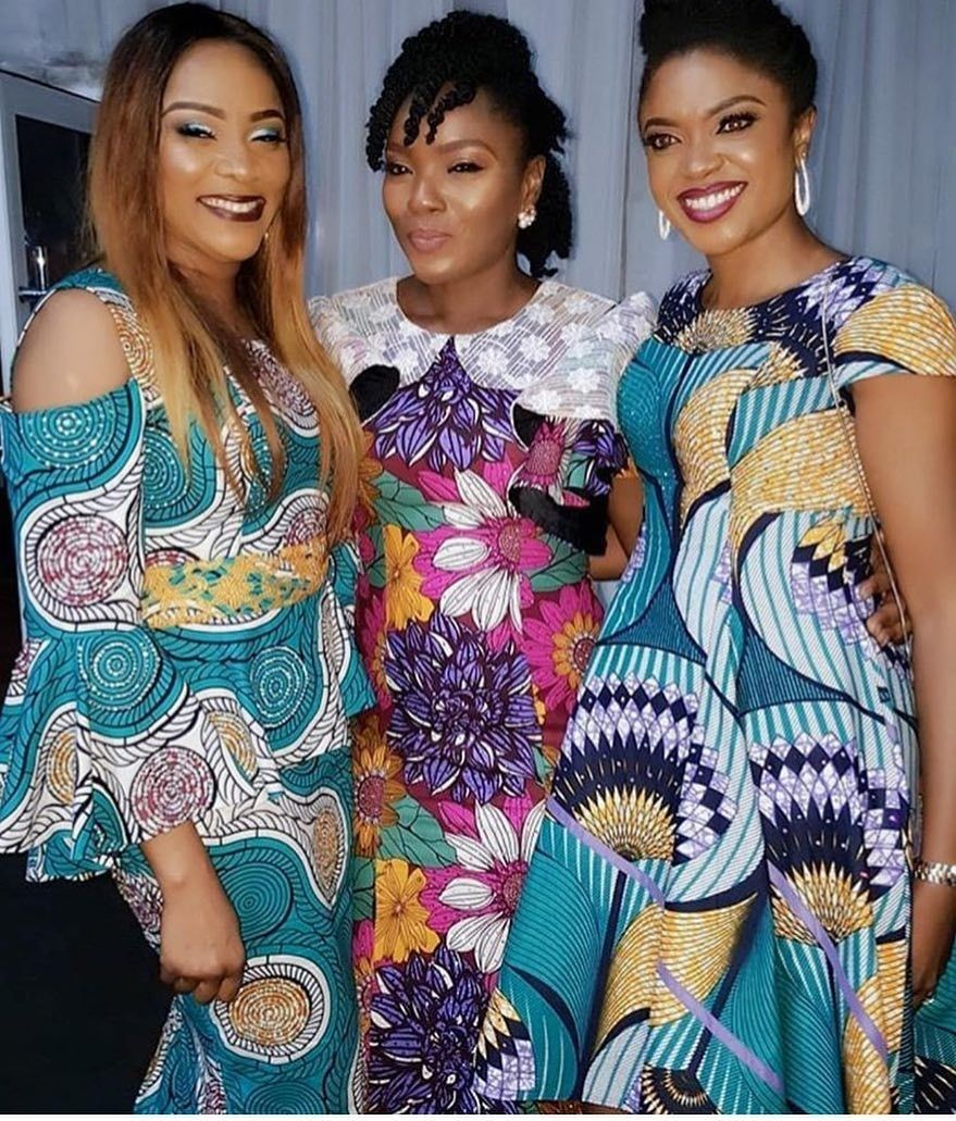There are a number of ways to enable oneself look elegant with an Ankara fabric, Even if you are reasoning on what to create and slay with an Nigerian Yoruba dress styles. Asoebi style for events come in many patterns and designs.   The  African Ankara dresses  beauty of this print is that it comes in many designs and textures. Ankara will allow you make a come to an agreement of any fabric without losing the African dress styles flair. #nigeriandressstyles