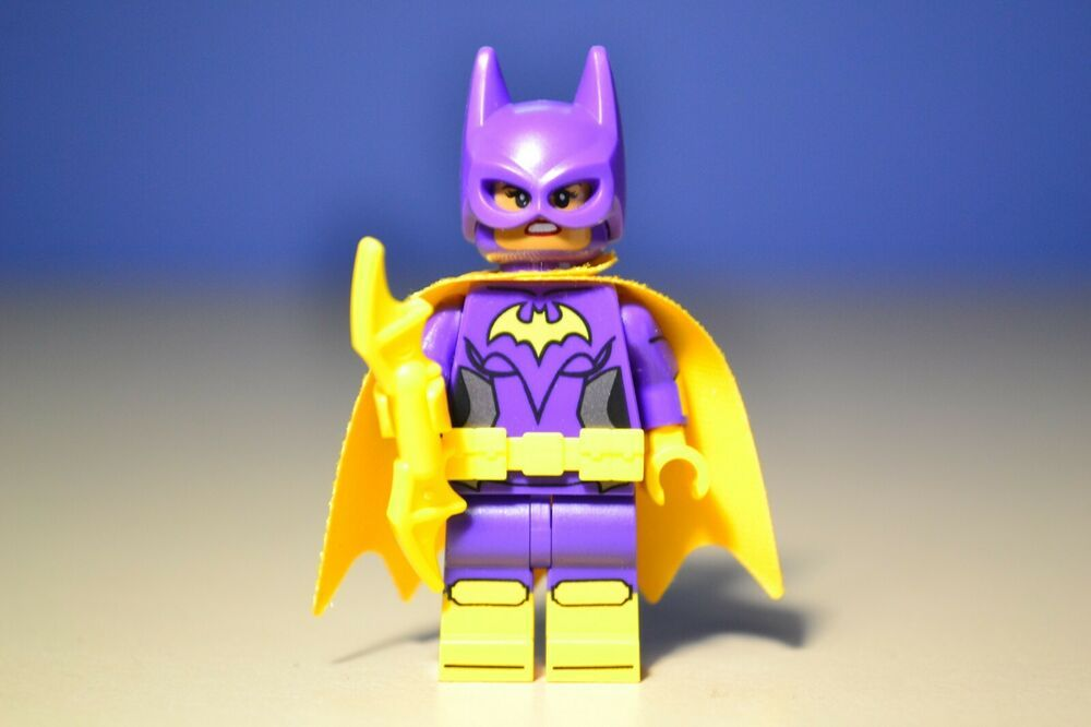 The Lego Batman Movie Minifigure Set 70902 Batgirl