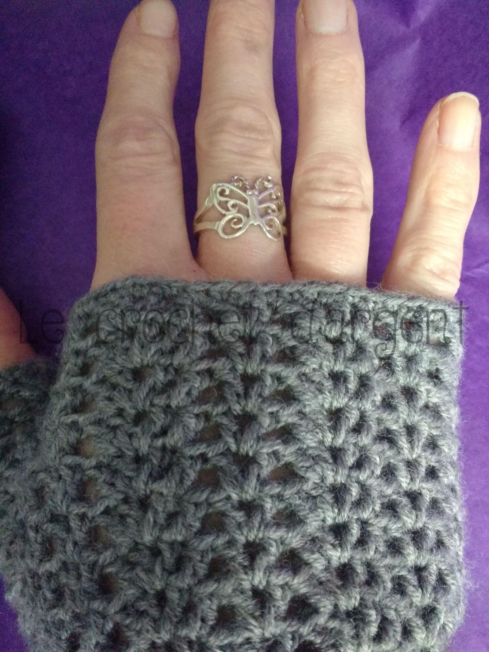 Mitaines dentelle au crochet | Mitaines en crochet, Dentelle au crochet et Tricot et crochet