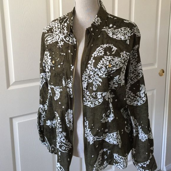 GREEN PAISLEY MICHAEL KORS TOP This is a cute green over top with gold zipper. Two pockets with gold buttons. Sleeves can be buttoned to make it short. EUC. Michael Kors Tops Blouses