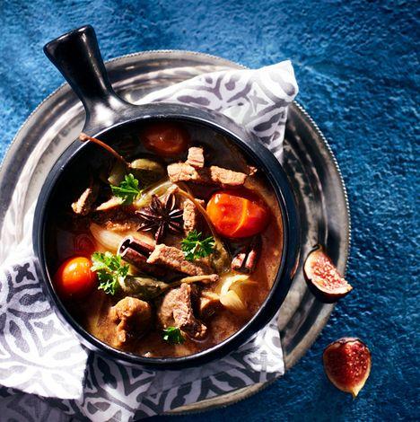 TUOREPURISTETTUA (aka Freshly Pressed blog by Marjo Vähäsarja): Moroccan style beef tagine | #moroccan #beef #tagine #lemon #smoken #chili