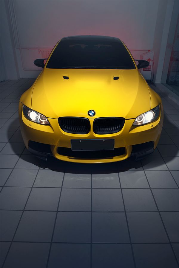 Visit The Machine Shop Cafe Best Of Bmw Machine Yellow Bmw M4 Supercoupe Arabalar Motosikletler