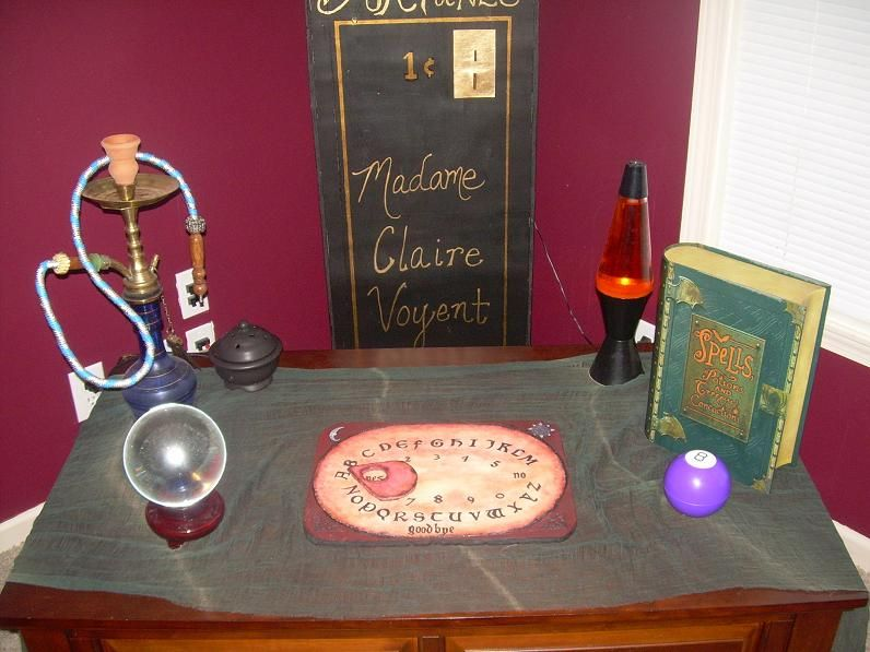 My Fortune teller area inside decor #Halloween & My Fortune teller area inside decor #Halloween | Halloween at Our ...