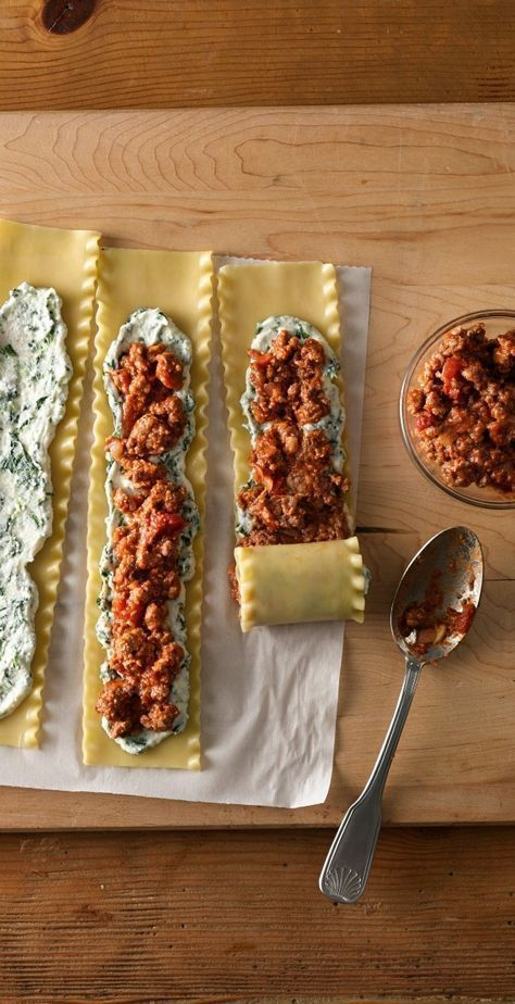 Make-Ahead Meat-Lovers' Lasagna Roll-Ups #weeknightdinners