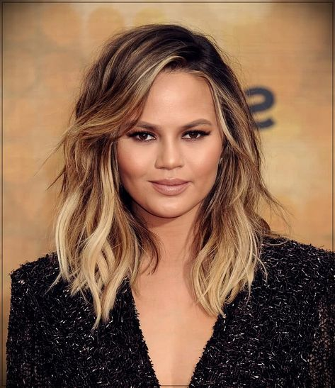 24+ ideas haircut for round face shape double chin shoulder length for 2019 | Round face ...