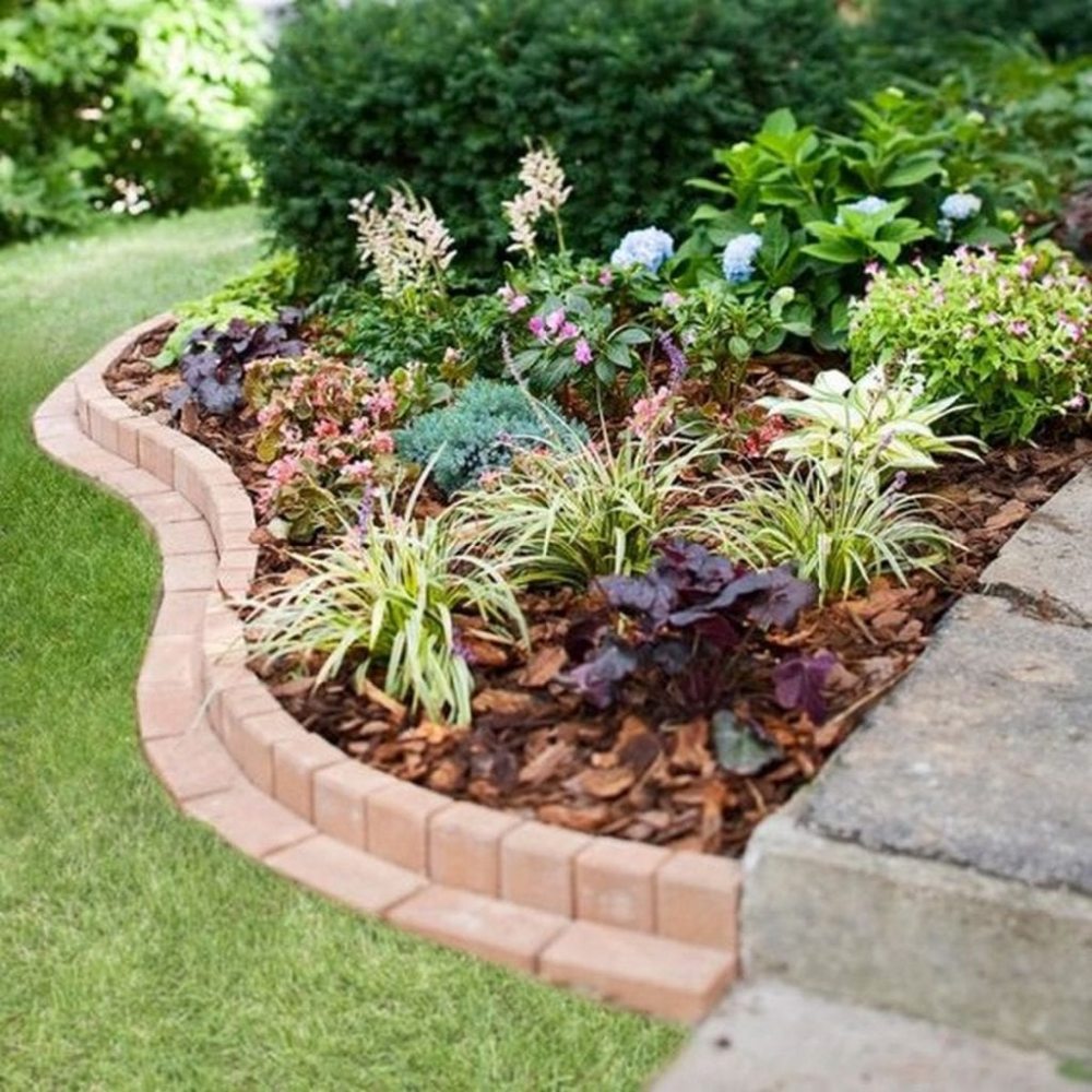 Clever Garden Bed Edging Ideas in 12  Brick garden edging