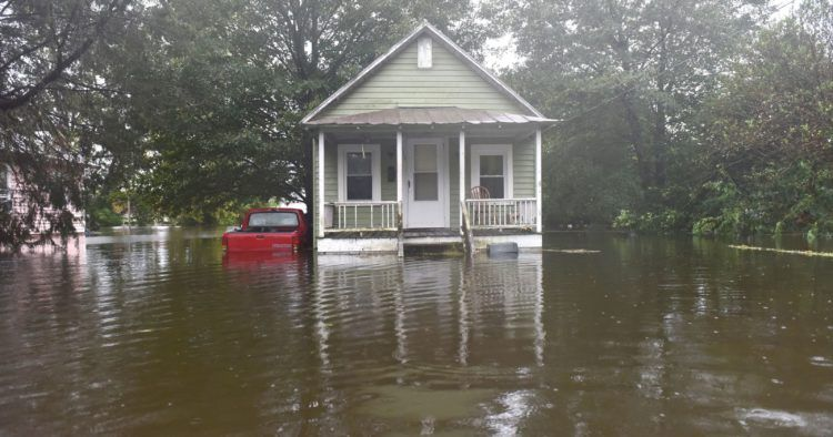 7 Important Things To Do After A House Flood Flooded House House Flood