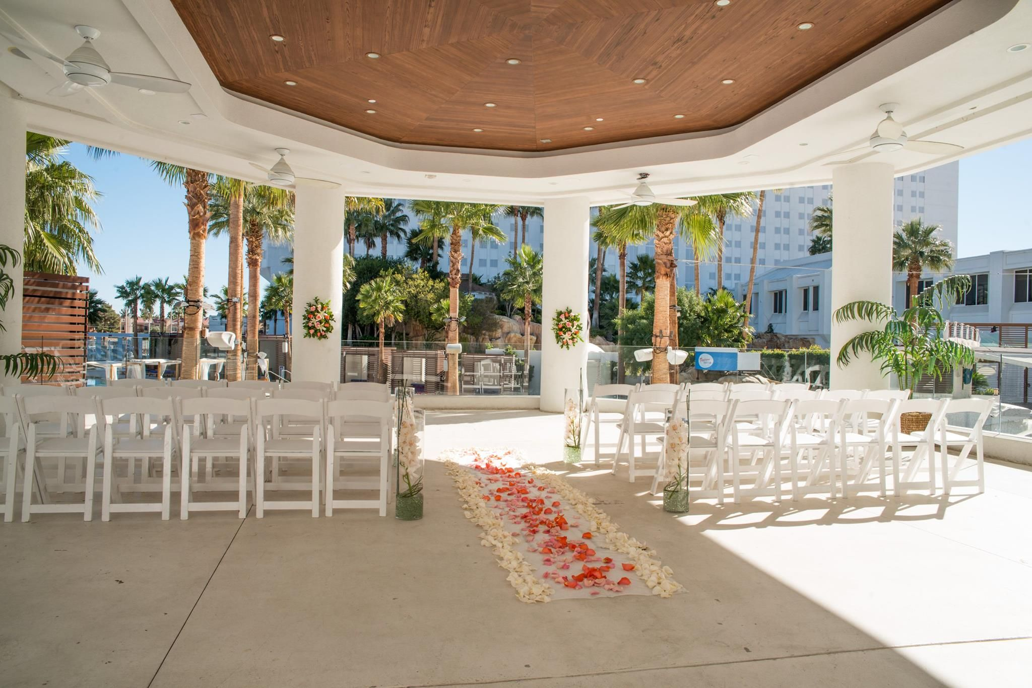 Tropicana Lv Weddings Havana Room Las Vegas Wedding Chapel Tropical Beach