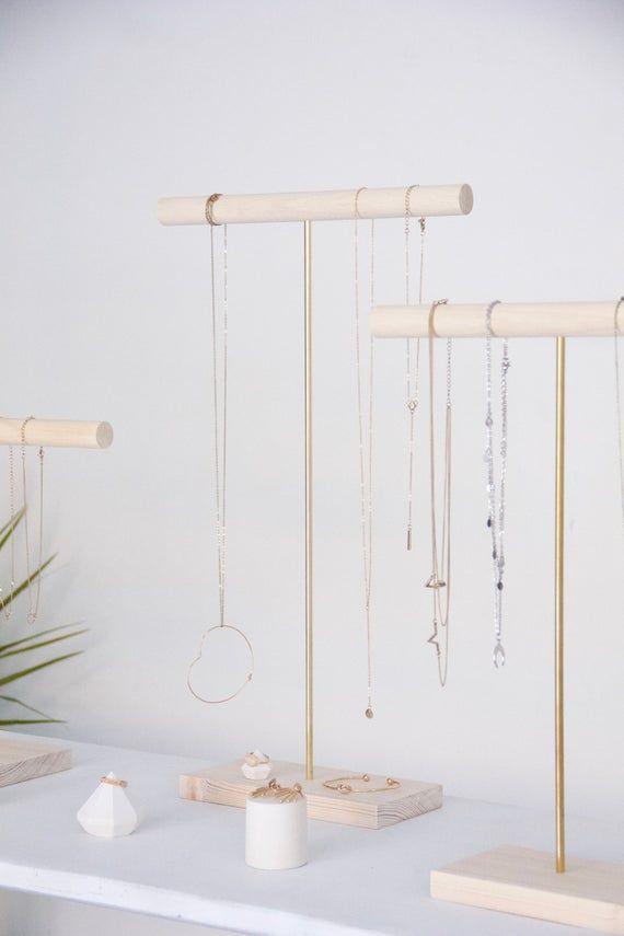 Ständer mit Halsketten und Armbändern minimalistischer | Etsy