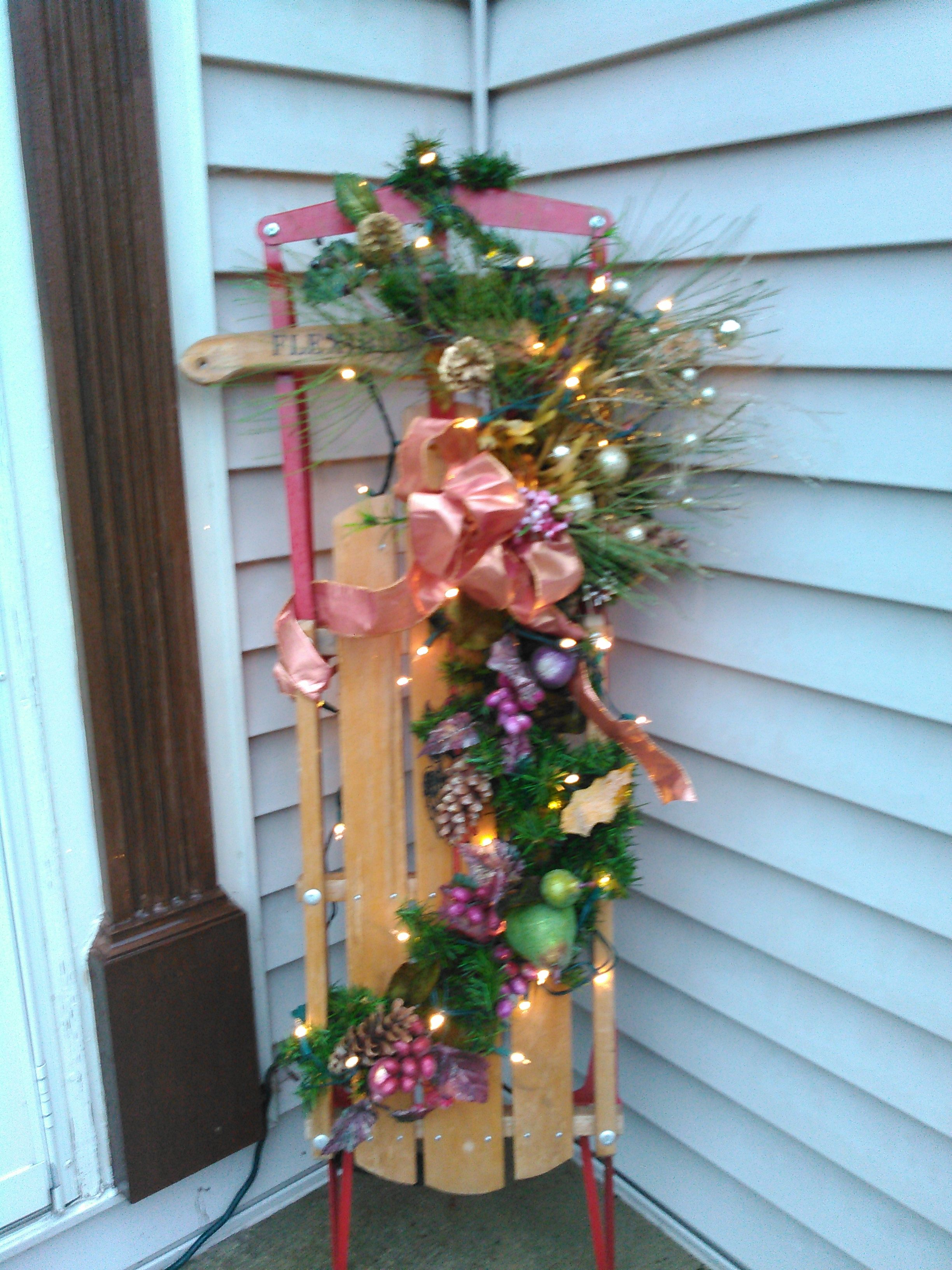 Sled decorated for Christmas   Christmas   Pinterest   Bastelideen ...
