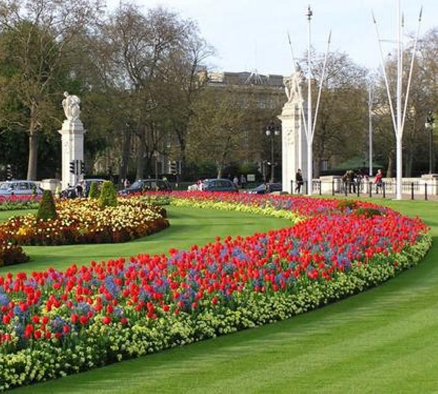 Garden Design Beside Buckingham Palace Beautiful Londres
