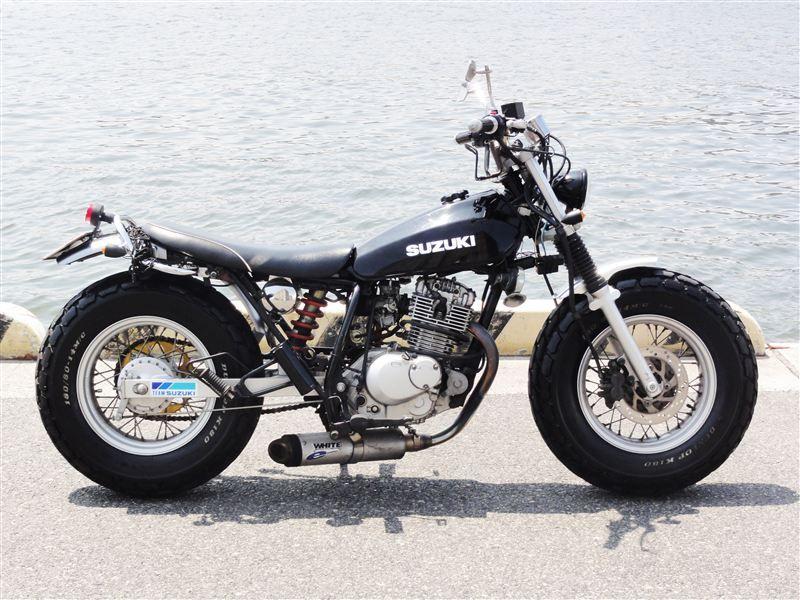 200 バンバン バンバン200/スズキの新車・中古バイク一覧[本体価格の安い順] ウェビック バイク選び