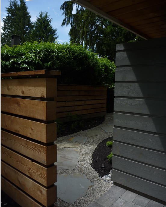 wall idea to block side yard from street view