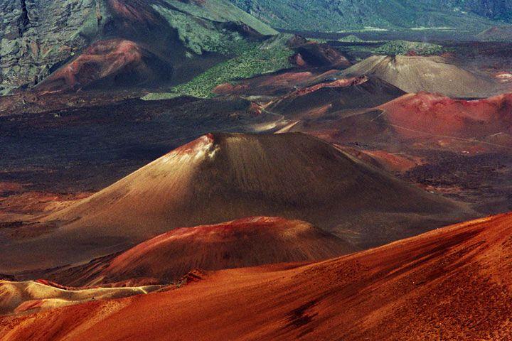 haleakala sunrise | The Haleakala - 97.2KB