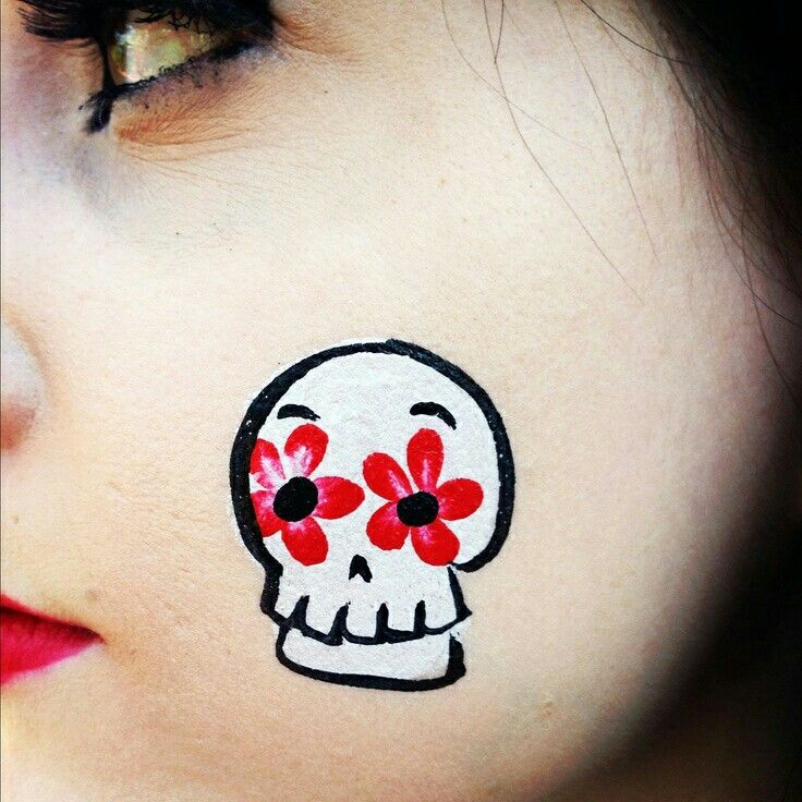 Pin By Pam Acha On Holiday Cinco De Mayo Face Painting Halloween Skull Face Paint Easy Halloween Face Painting