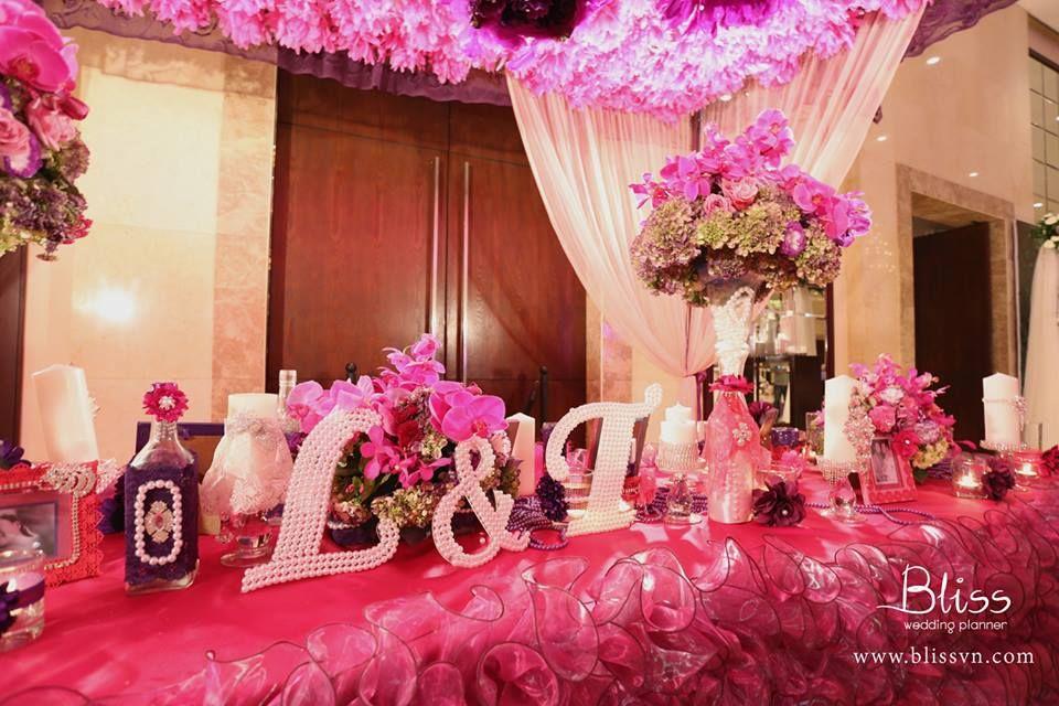 Wedding decoration in vietnam wedding gate with lys and crystal wedding decoration in vietnam wedding gate with lys and crystal junglespirit Gallery
