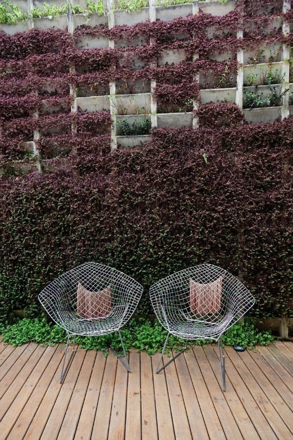 100 Gartengestaltung Bilder Und Inspiriеrende Ideen Für Ihren Garten    Vertikalgarten Gestalten Designideen Gartenmöbel Dekokissen