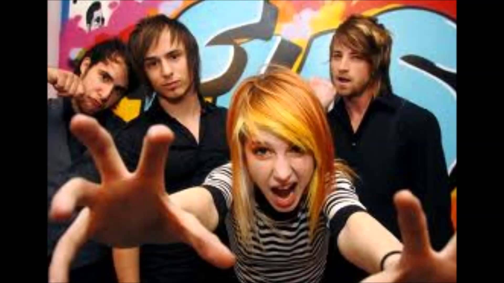 Paramore Group Shot Hayley Williams Fist Alt Punk Rock Music 24x36 Poster Print