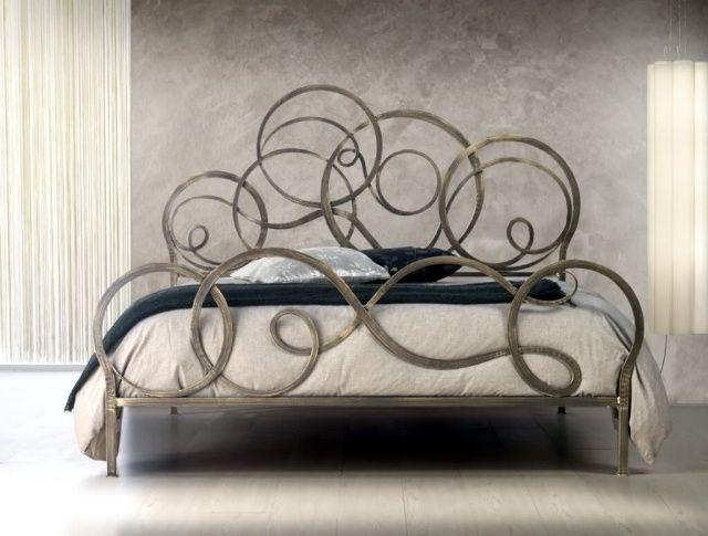tete de lit originale en fer forge 30