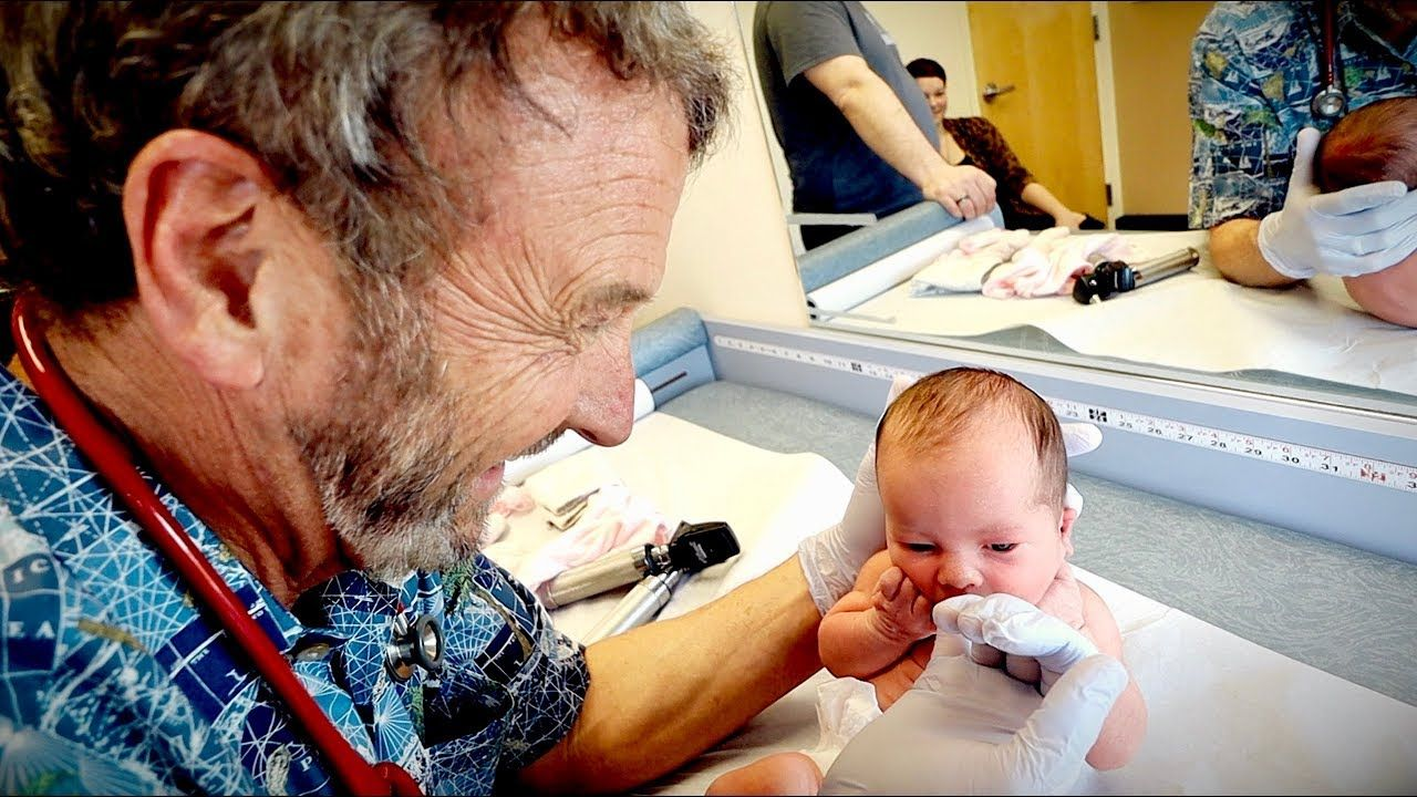 6 day old newborn check up cute baby alert dr paul bebe