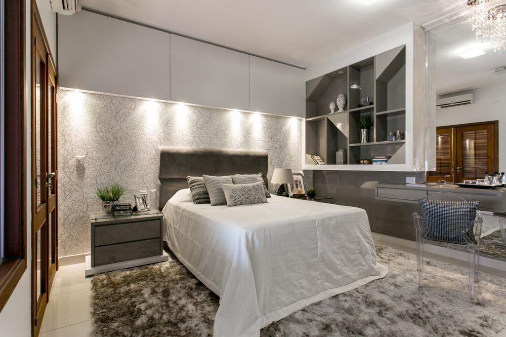 Gray Master Bedroom Decor Fotografia: Elisa Nakaguma