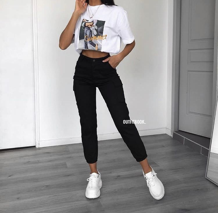 Pin By Gracie Herbert On Podrostkovaya Odezhda In 2020 Trendy Summer Outfits Cool Outfits Edgy Outfits