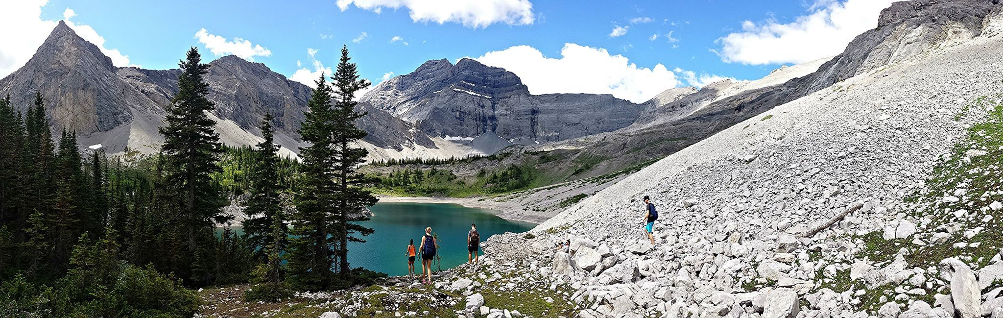 Hike up Galatea Lake