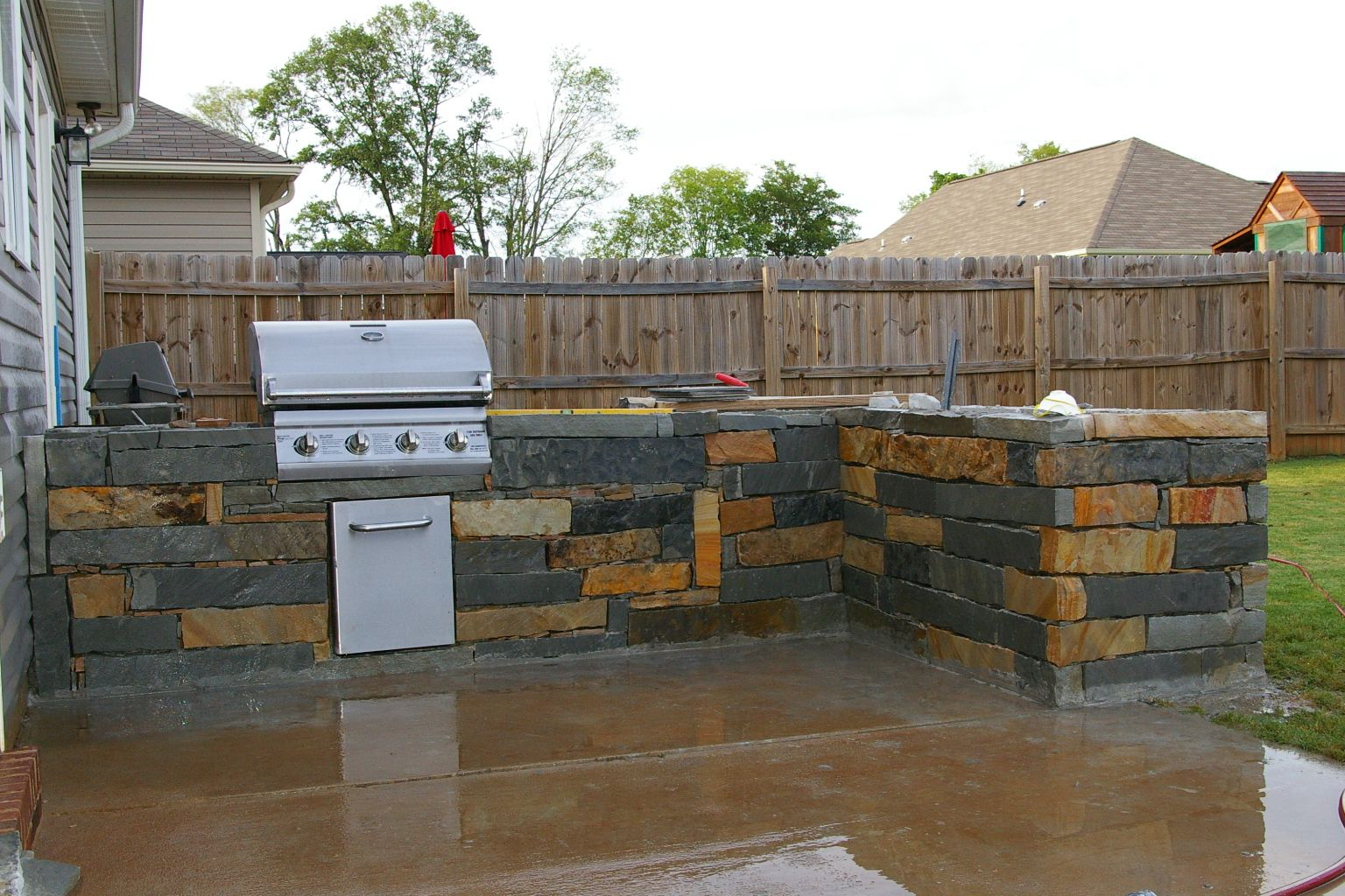 the backyard kitchen design ideas is like the name says on the