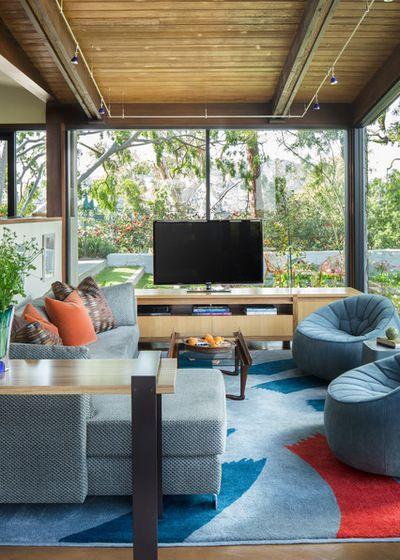 Contemporary Family Room by Susan Jay Design (O) Mid century
