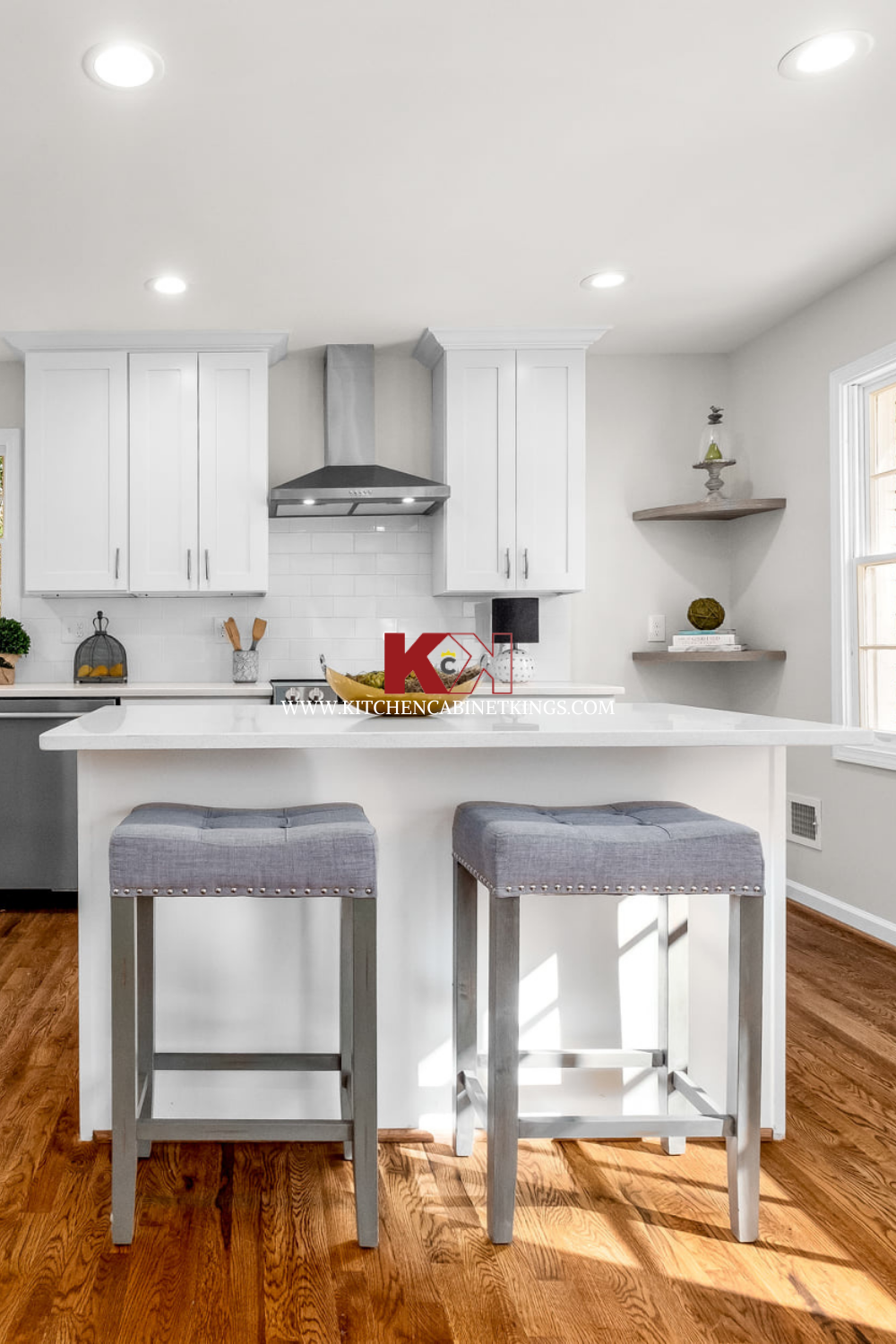 Ice White Shaker Kitchen Cabinets In 2021 Online Kitchen Cabinets Assembled Kitchen Cabinets White Shaker Kitchen Cabinets
