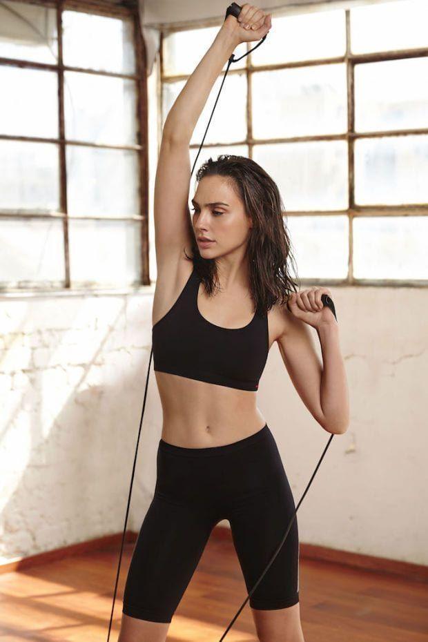 Top 30 Most Fit Celebrity Women Gal Gardot Gal Gadot Gal Gabot Последние твиты от fitness + women (@bestfitwomen). pinterest