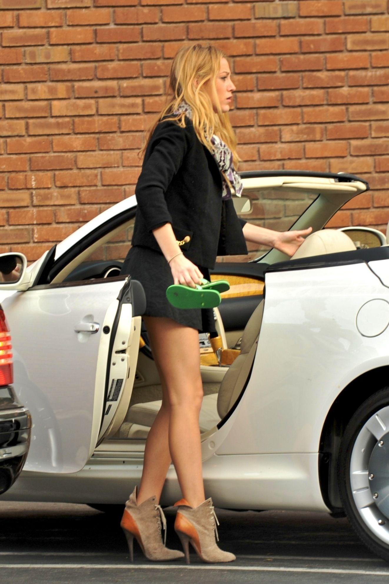 up skirt lively Blake