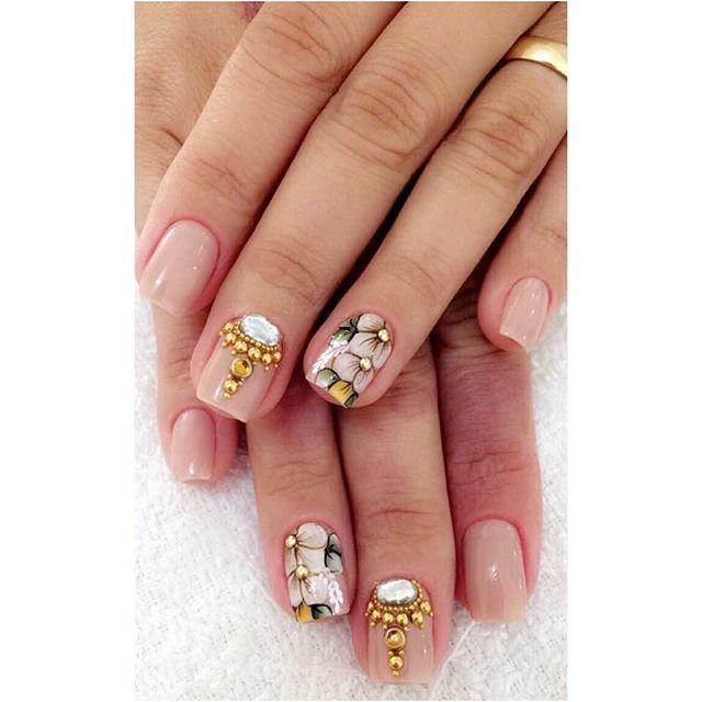 Essas Manicures arrasa não dá pra saber qual é o mai lindo , 😱😍e muitas belezuras juntas ,aí meu coração ❤️🤤 🌸Maria Flor🌸 #Elasarrasam #ManicuresTop #DomdeDeus  Instragam/Maria_Flor_adesivosunha Watts📲(45)91360508